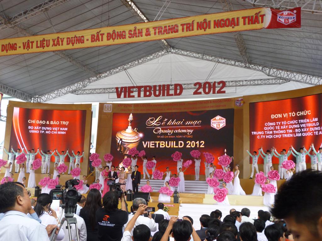 NHÀ ẤM THAM GIA VIỆT BUILD 2012